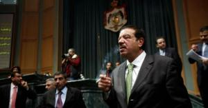 """عمدة عمان ينتقد البرلمان الأردني في صحيفة """"الغارديان"""" البريطانية"""