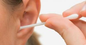 كيفية تنظيف الاذن بالطريقة الصحيحة