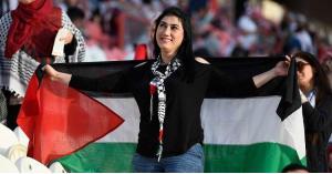 شاهد.. لحظة سماع جمهور فلسطين إلى نتيجة مباراة سوريا