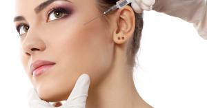 متى تحتاج ترهلات الوجه للعلاج بحقن الفيلر؟