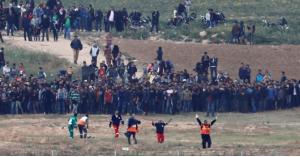 الفلسطينيون يستعدون لجمعة