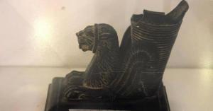 الرزاز يعيد قطع أثرية نادرة للعراق