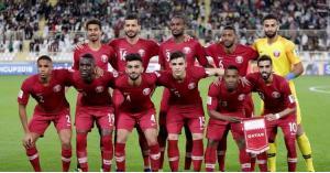الإمارات تحتجز بريطانيا ارتدى قميص قطر