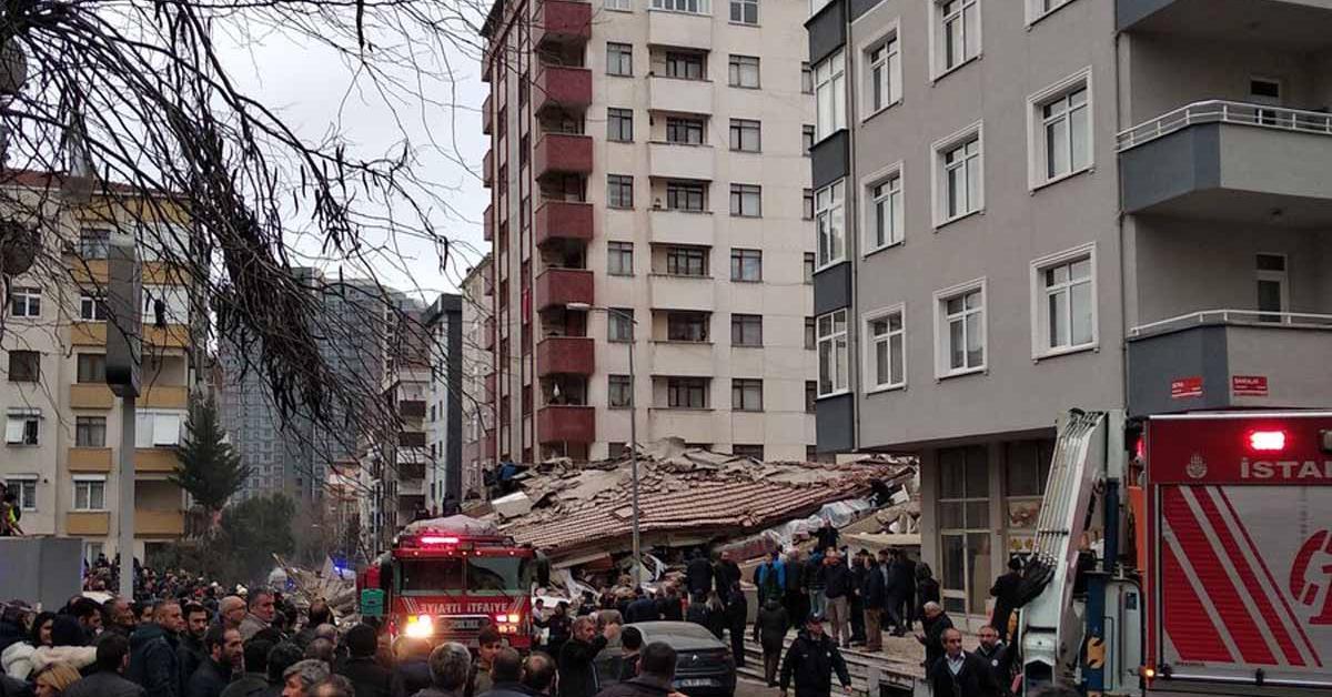 انهيار مبنى في اسطنبول ووجود قتلى