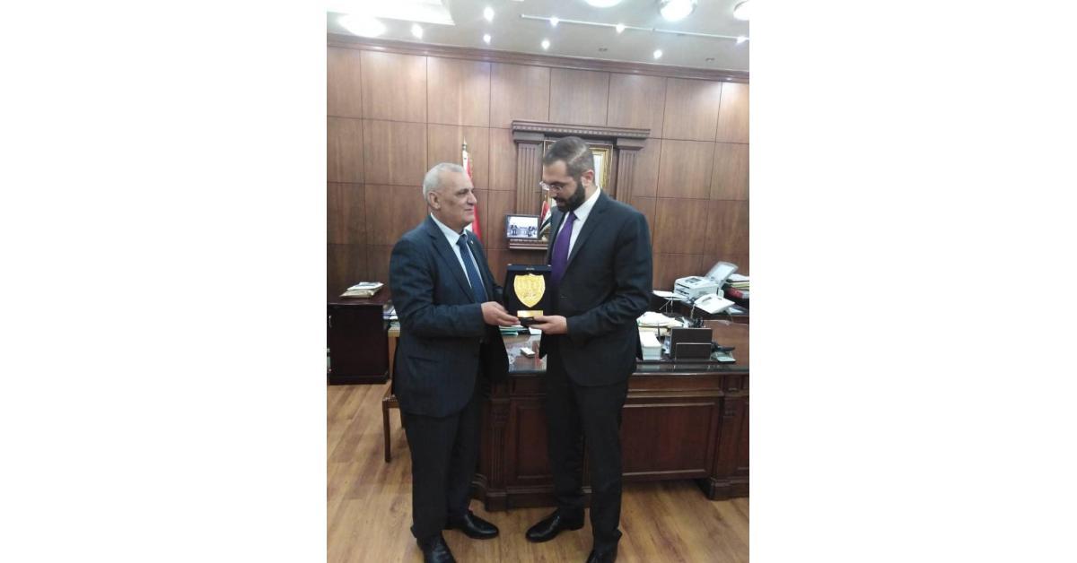 النائب زيادين يلتقي نقيب المحامين السوريين