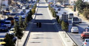 الحكومة تقترض 140 مليون دينار لباص الزرقاء السريع