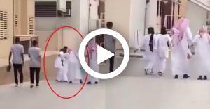على الملأ سعودي يتحرش بممرضة.. فيديو
