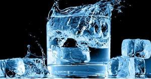 الماء يقتل.. لهذا النبي صلى الله عليه وسلم نهى عن عبّ الماء