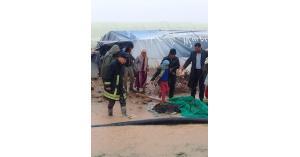 إخلاء لاجئين في منجا داهمتهم مياه الأمطار