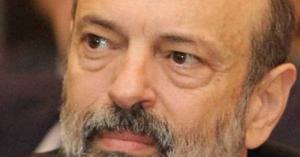 الرزاز ينعى وزير سابق