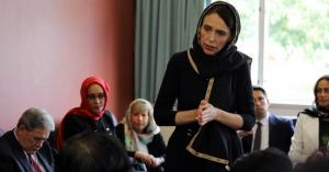 رئيسة وزراء نيوزيلندا تتحجّب (صور)