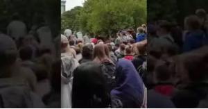 بالفيديو.. لحظة رفع الأذان في جامعة نيوزيلندية