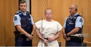 """""""فيسبوك"""" تبرر عدم اغلاق حساب صاحب مجزرة نيوزيلندا"""