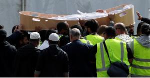 تشييع جثامين شهداء مجزرة المسجدين في نيوزيلندا.. صور