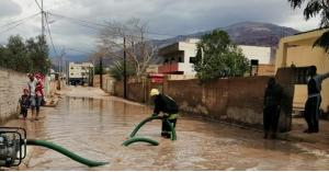 مياه الأمطار تداهم منازل في الكرك.. صورة