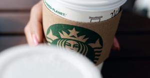 كم تبلغ أرباح ستاربكس من فنجان القهوة الذي تشربه كلَّ صباح