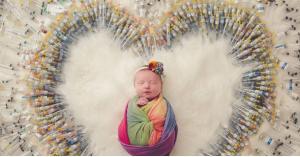 هذه الطفلة استغرقت 4 سنوات و1600 حقنة لإنجابها