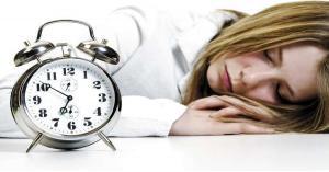 مرض نادر يجبر بريطانية على النوم 22 ساعة يوميا