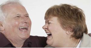 تعرف على فائدة الضحك لمدة 30 دقيقة