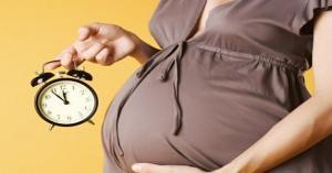 اطعمة تساعد على تسريع طلق الولادة