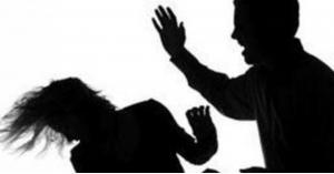 """""""الطريقة المناسبة لضرب الزوجة"""".. أخصائي اجتماعي يثير الجدل (فيديو)"""