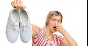 وصفات طبيعية للتخلص من رائحة الأحذية الكريهة