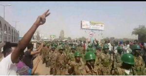 الجيش يدخل الإذاعة السودانية.. وترقب لبيان هام