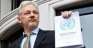 """اعتقال مؤسس """"ويكيليكس"""""""