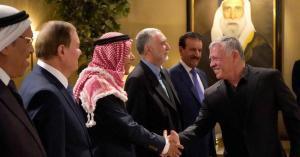 الملك: الحوار والتشاركية لإيجاد حلول غير تقليدية للنهوض بالوطن
