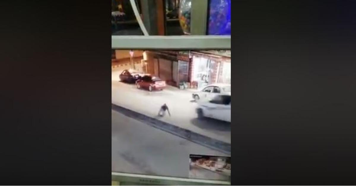 شاهد بالفيديو... شاب ينجو من الموت باعجوبة في جرش