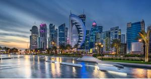 قطر تطلق أول جسر معلق