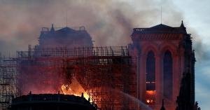 الكشف عن سبب حريق كاتدرائية