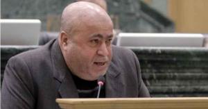 النائب خليل عطية يطالب بمتابعة إجراءات تعيين 400 سائق في أمانة عمان