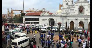 انفجارات تهز كنائس وفنادق في سريلانكا.. صور