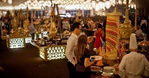 «السياحة» تحدد آلية عمل المطاعم والخيم الرمضانية خلال رمضان