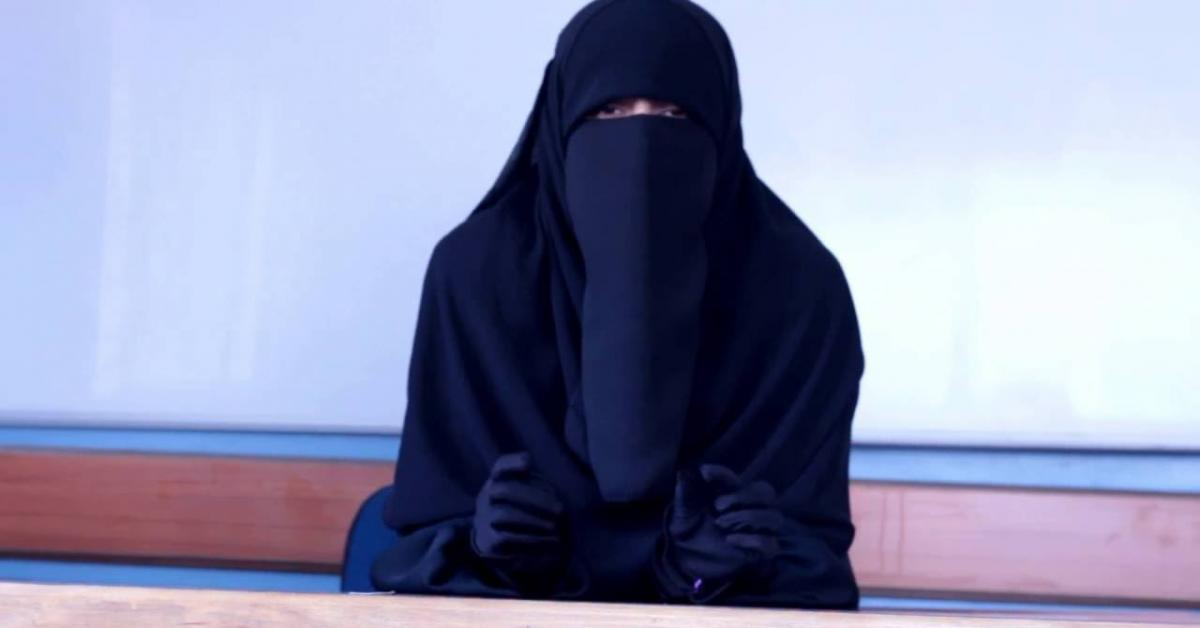 علماء دين في سريلانكا يدعون المسلمات لعدم ارتداء النقاب
