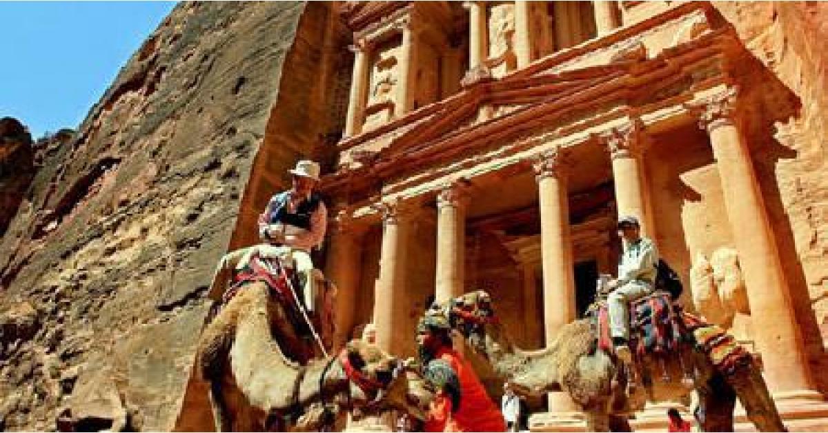 ازدحامات في البترا بسبب السياح