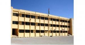 مواطنون يعتدون على مدرسة بالكرك