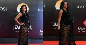 رانيا يوسف تتجاهل منتقدي ملابسها الجريئة..وتستفزهم بلقطات جديدة.. صور