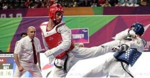 أبو غوش يصعد لنهائي بطولة العالم