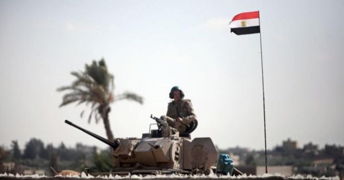 سقوط قذيفة مصرية على غزة