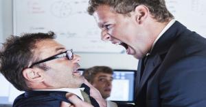 التفكير في قتل مديرك في العمل أمر طبيعي