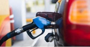 ترجيح رفع أسعار البنزين 3%
