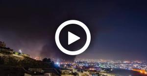 الدفاع المدني يخمد حريق مصنع ماركا (فيديو وصور)