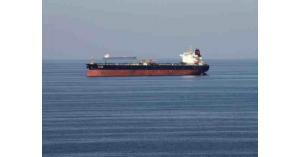 طاقم الناقلة النرويجية المستهدفة في خليج عمان يصل دبي