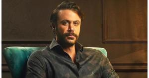 محمد إمام يكشف عن مخرج فيلمه الجديد