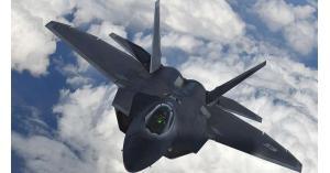 """واشطن تنشر مقاتلات شبح """"إف-22"""" في قطر"""