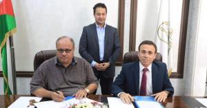 توقيع اتفاقية تعاون بين نقابة الفنانين وإدارة مهرجان جرش