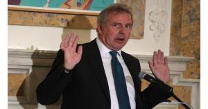 استقالة السفير البريطاني بواشنطن