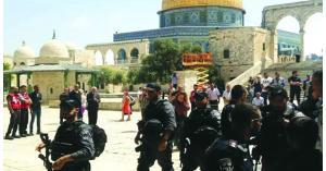 138 مستوطنا يقتحمون المسجد الأقصى وينفذون جولات استفزازية